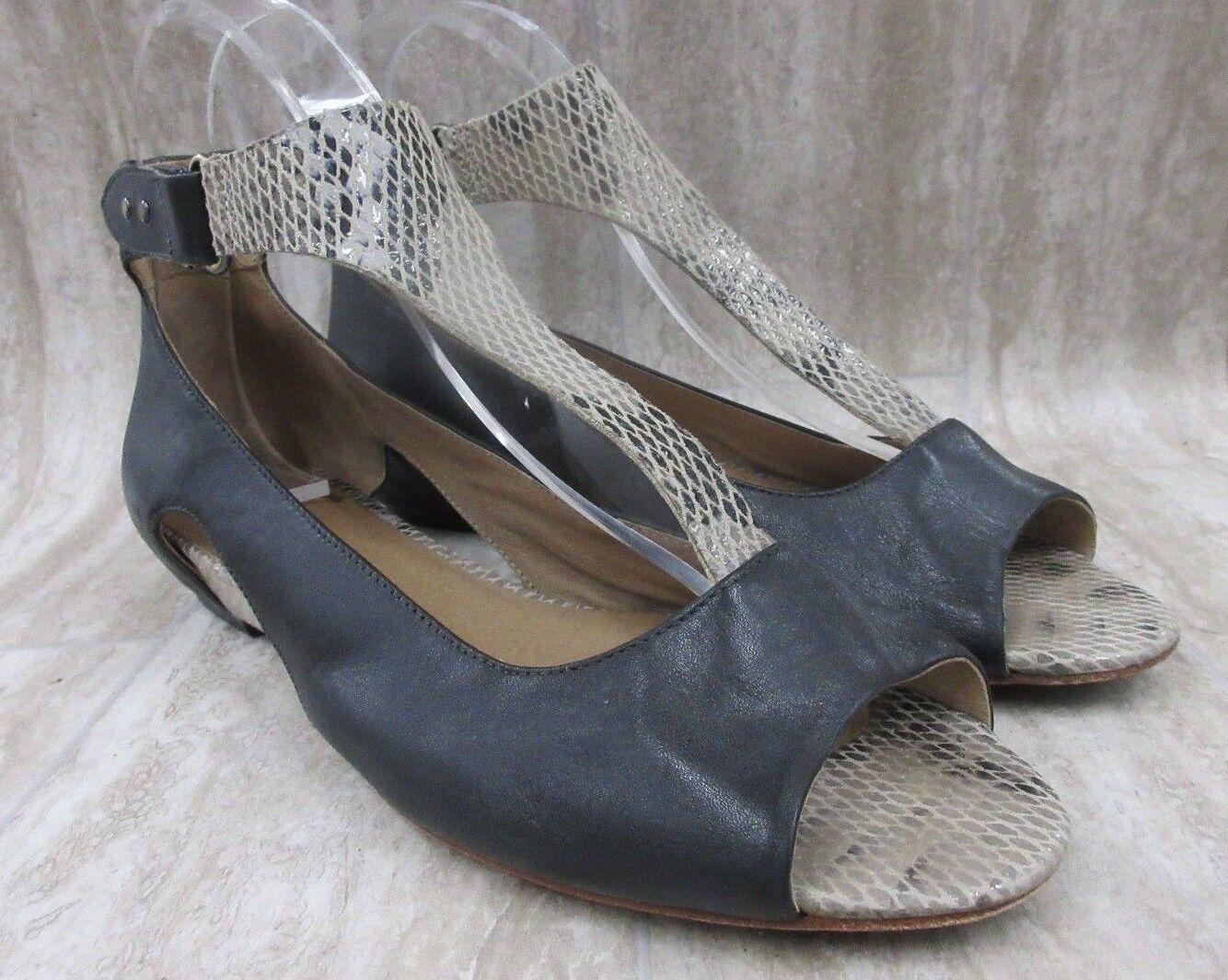 TSUBO Gerri Snake T-Strap Sandal in Beige Size    8.5 US a48247