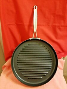 Cuisinart 630-30 Chef's Classic Nonstick Hard-Anodized 12-Inch Round Grill Pan,Black
