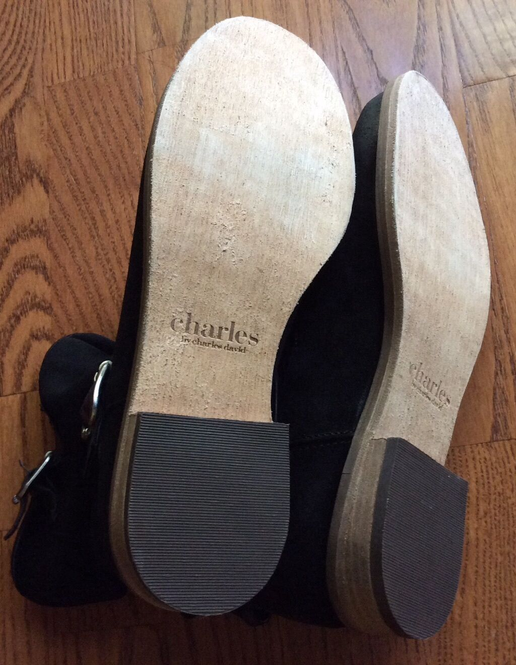 Charles Charles Charles David En Daim Noir Slip-Sur Cheville Bottes Avec Accent Boucles (taille 7.5 m) b59c2e