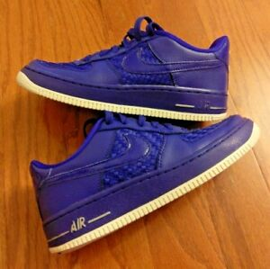 NIKE AIR FORCE 1 LOW LV8 (820438-400) ROYAL BLUE – SIZE 4.5Y  2fed4c2d35