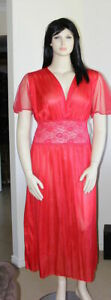 Long-Gown-Sheer-sleeves-and-Deep-V-Front-Plus-Size-Red-Size-16