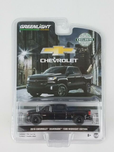 Chevy Midnight Edition >> Greenlight 1 64 2018 Chevy Silverado Midnight Edition Truck Hobby Exclusive