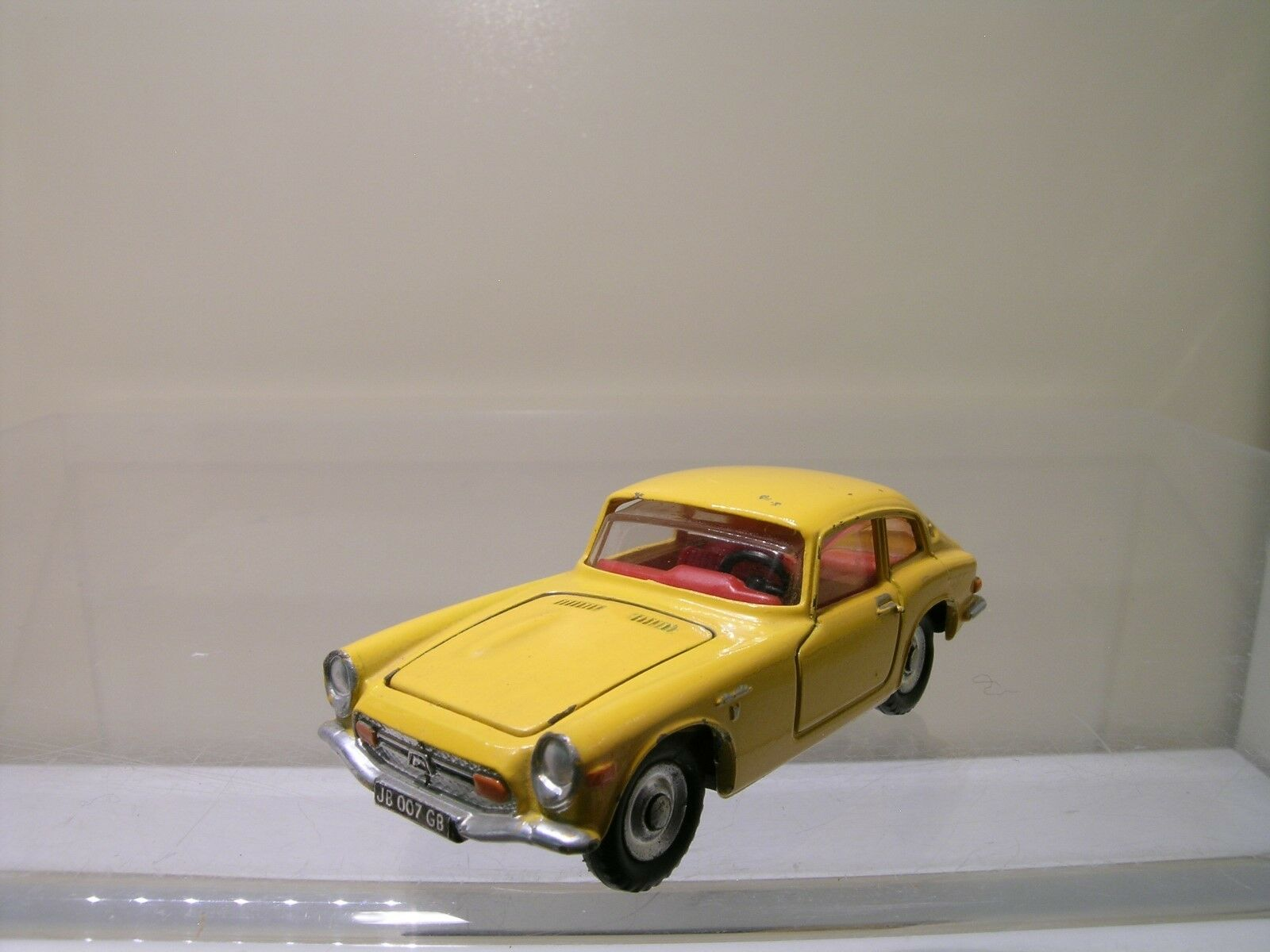 DINKY TOYS FRANCE 1408 HONDA S800 COUPE amarillo EXC NM SCALE 1 43