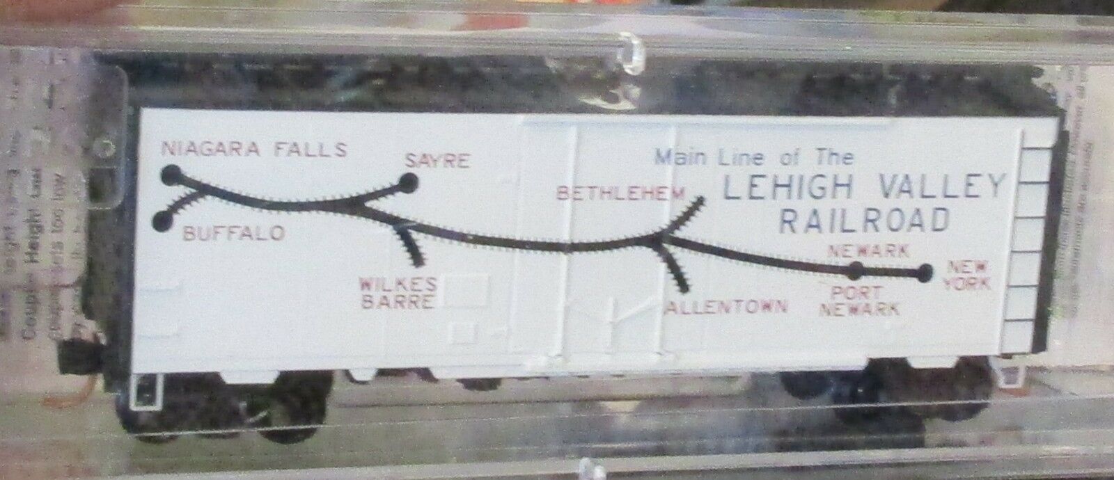 NSE 11-01 LEHIGH VALLEY BILLBOARD  40' BOXCAR  MTL MICRO TRAINS N SCALE