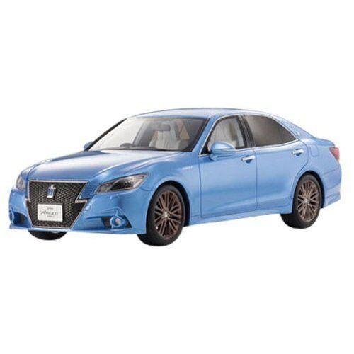 Kyosho Original 1 18 Toyota Crown Hybrid Athlete S blu Resin Model KSR18001BL