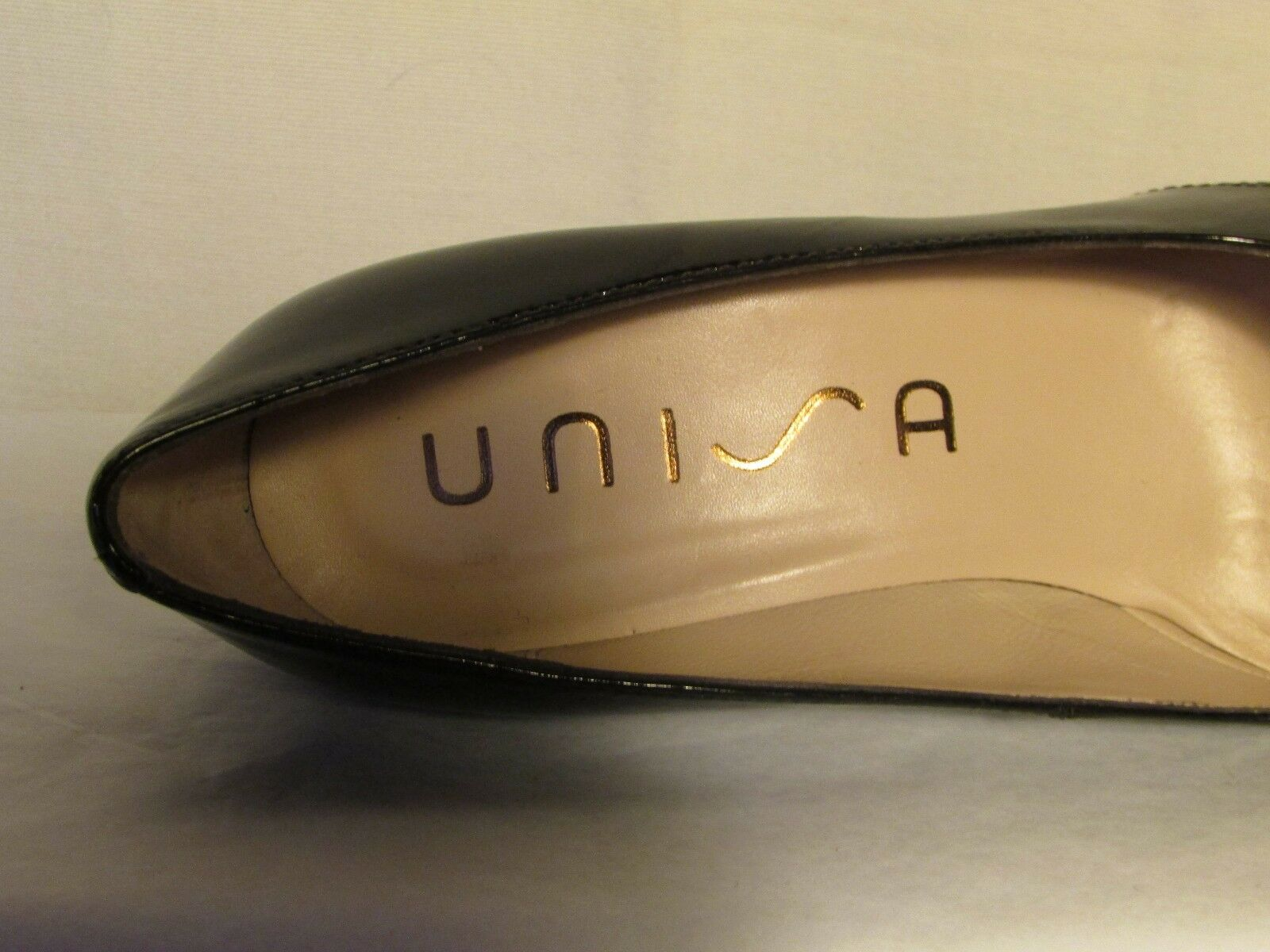 Escarpins verni UNISA cuir verni Escarpins chocolat à reflets 38 cf86ae