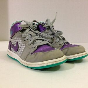2ea8ac26b094 Nike Air Jordan RETRO I (1) WOLF GREY Girls Toddler Shoes Size 9c ...