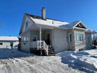 Maison à revenus à vendre, 395-399, rue Savard, Alma Lac-Saint-Jean Saguenay-Lac-Saint-Jean Preview