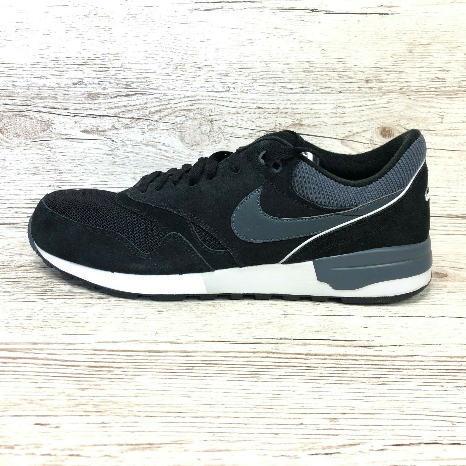 Nike Air Odyssey Mens Sneaker NEW Size