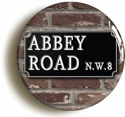 ABBEY ROAD RETRO SIXTIES BADGE BUTTON PIN (Size is 1inch/25mm diameter)