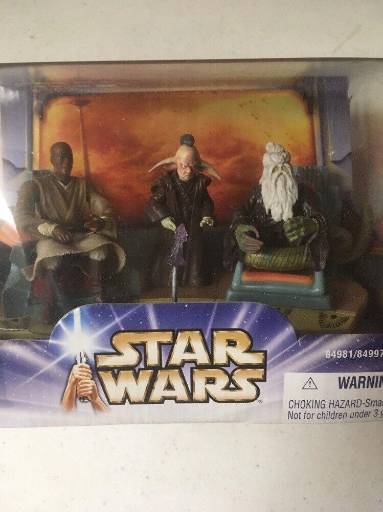 Star Wars Saga  Jedi High Council 1 of 2 See Pics Rare Mace Sealed New