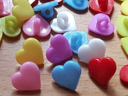 PK 25 ACRYLIC HEART SHANK MIXED BUTTONS EMBELLISHMENTS 2 HOLE 12MM CRAFTS SEWING