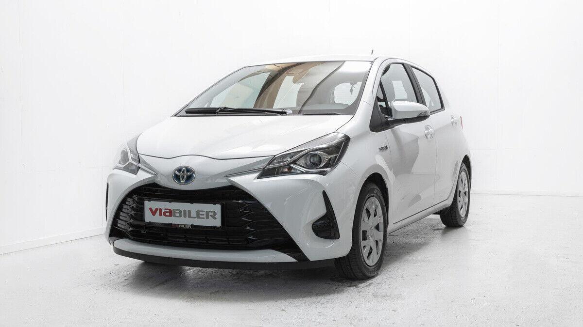Toyota Yaris 1,5 Hybrid H2 e-CVT 5d - 159.900 kr.