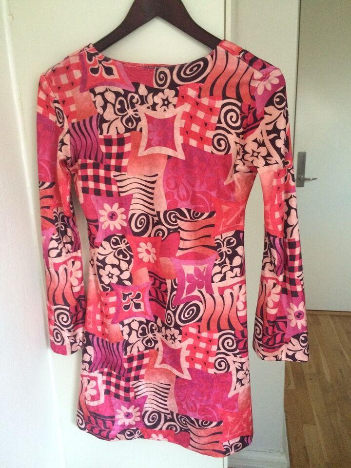 Anden kjole, AWB - Aridza Bross, str. S