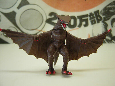 BANDAI HG GAMERA 1 GYAOS 1995 29-8-23 DAIE Kaiju Gashapon Mini Figure