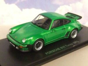 KYOSHO-1-43-Diecast-1975-PORSCHE-911-Turbo-Metallico-Verde-le-parti-di-apertura-05524G