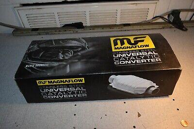 CARB Compliant Magnaflow 33006 Universal Catalytic Converter