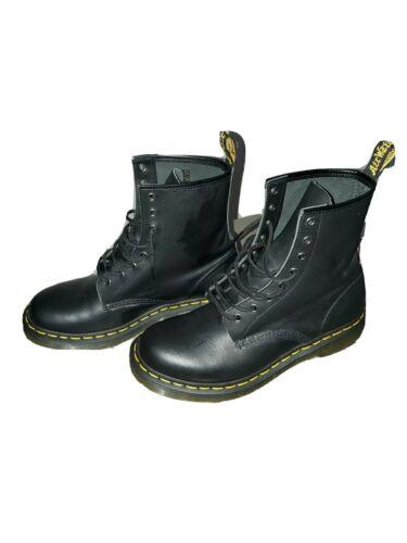 Womens Dr. Martens shoes size 10 wide