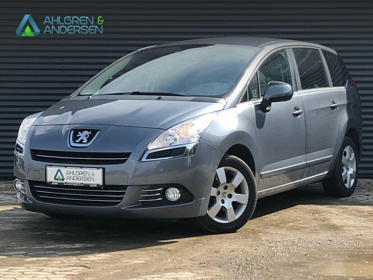Peugeot 5008 1,6 HDi 112 Premium 7prs 5d