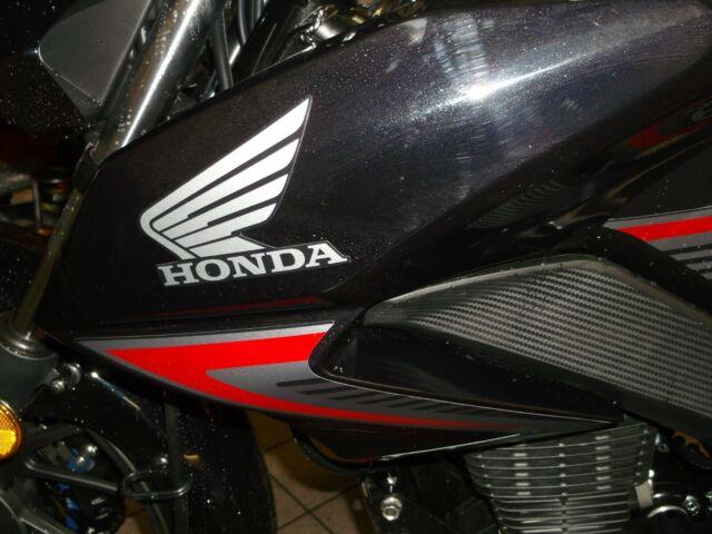 GLR125 FRONT LEFT PANEL IN WHITE 2015 MODELS ONWARDS Honda CB125F