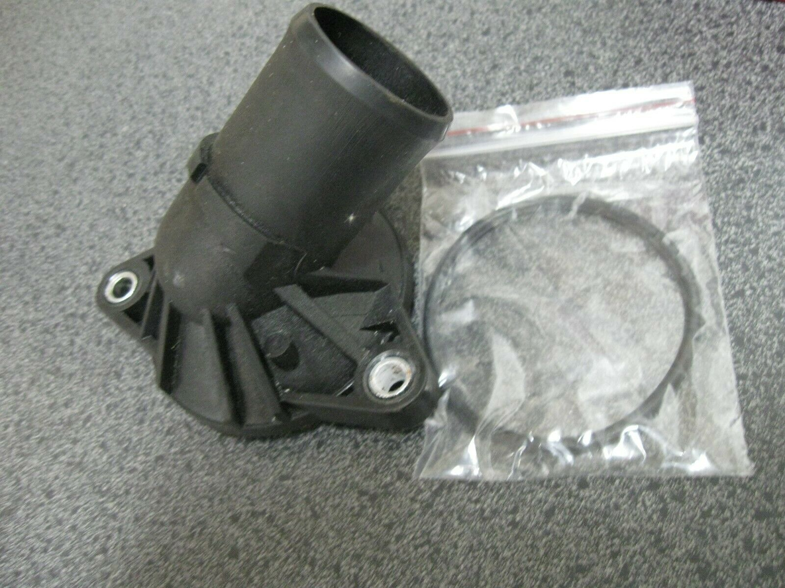 OE Solutions Thermostat Housing 902-682 Dorman
