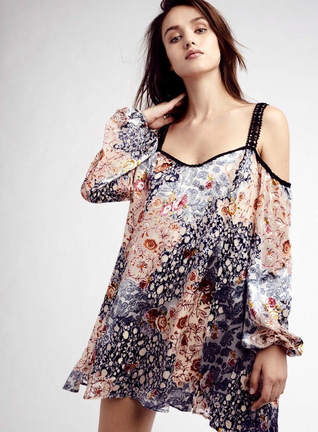 NEW Free People Silk Burnout Cold Shoulder Mini Swing Dress Größe Small
