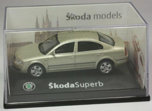 Abrex skoda superb refrescos oro metalizado coche modelo turismos 1:72 OVP St 9903-80-94
