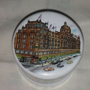 Trinket Box with LidWhite with picture on lid - Kettering, United Kingdom - Trinket Box with LidWhite with picture on lid - Kettering, United Kingdom