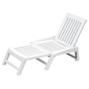 Tumbona plegable Orfeo de resina blanca 177x61x30 cm para piscina jardín y mar