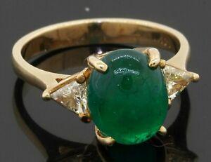 14K gold 3.50CTW VS Trillion diamond/9.75 X 8mm cabochon emerald cocktail ring