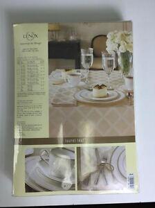 Lenox Laurel Leaf Sage 70X122 Tablecloth