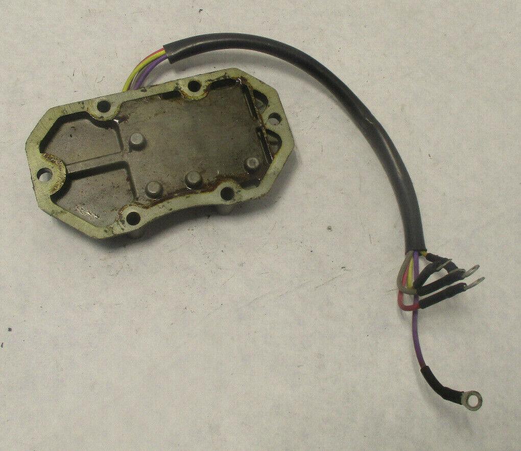 Johnson Evinrude Außenborder Gleichrichter Regler 585195 (A3-3)