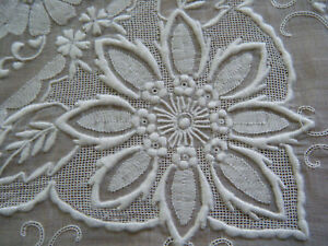 Antique-Tablecloth-Madeira-appliqued-borders-Needle-lace-Appenzell-w-12-napkins