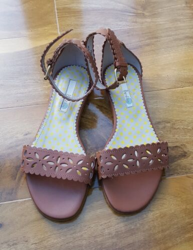 BODEN LADIES GORGEOUS TAN LEATHER ANKLE STRAPE FLATS SIZE 36//3 AR670 BRAND NEW