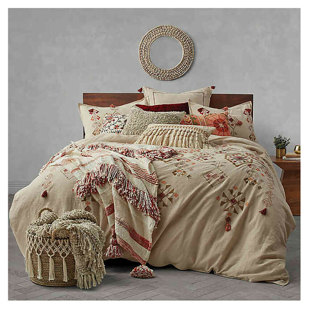 Tassel Embroidery Twin Duvet Cover in Natural