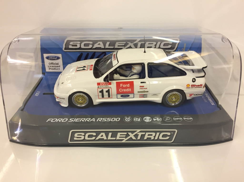 Scalextric C3781AE Autografo Serie Rob Gravett Ford Sierra RS500 Btcc