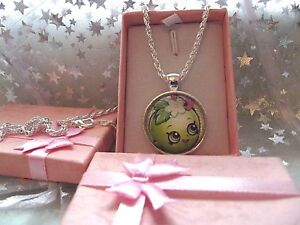 SHOPKINS APPLE BLOSSOM SILVER PLATED  NECKLACE 18 INCH BIRTHDAY  GIFT BOX PARTY