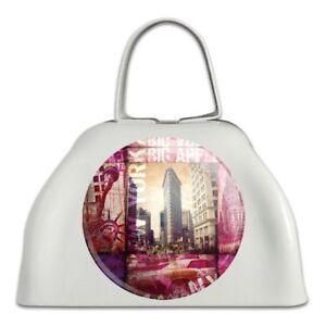 Analytique New York City Big Apple Art Collage Métal Blanc Sonnaille Vache Bell Instrument-afficher Le Titre D'origine Produire Un Effet Vers Une Vision Claire