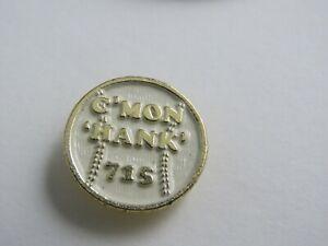 EBAB-HANK-AARON-039-C-039-MON-HANK-039-BASEBALL-SHAPED-metal-pin