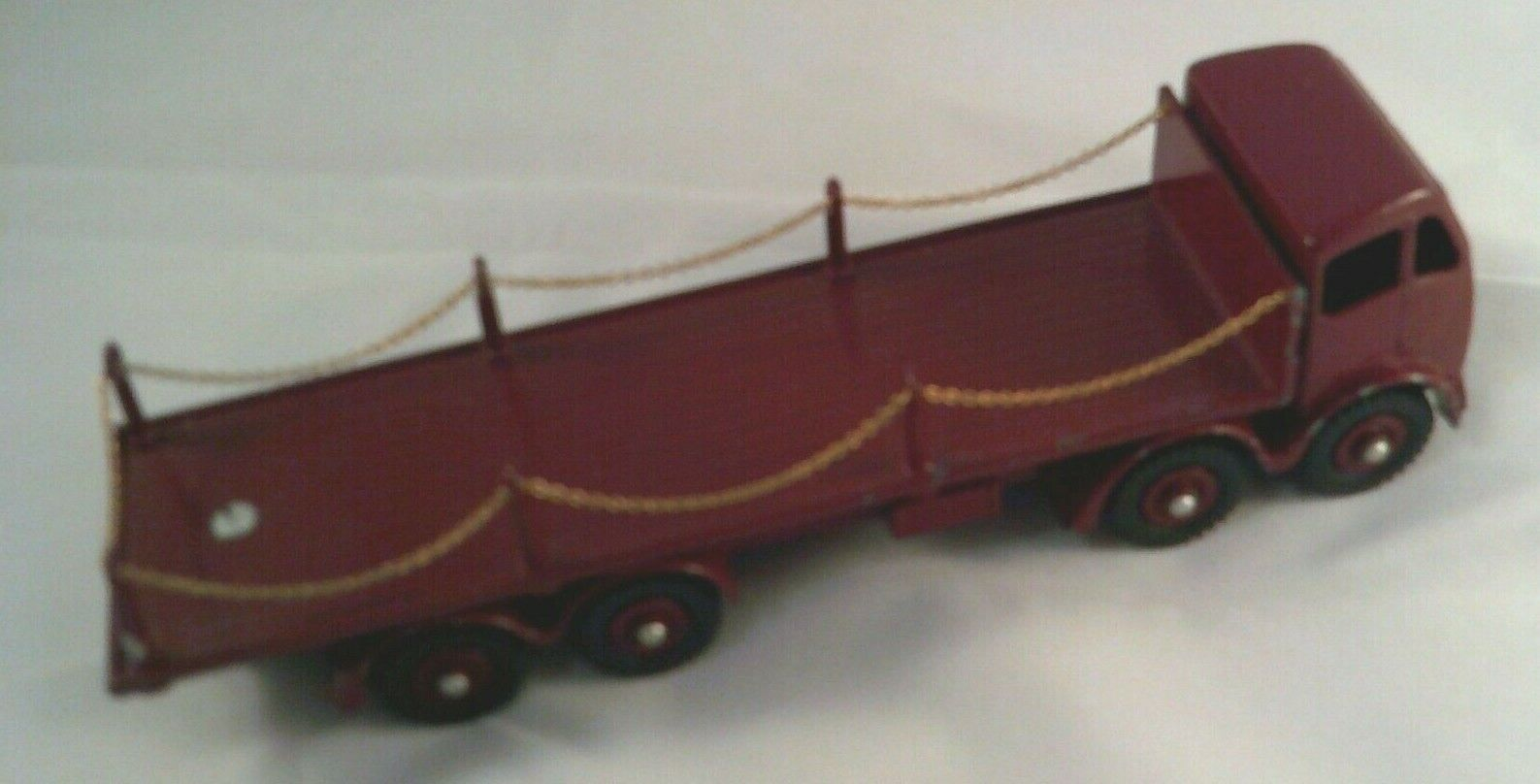 Dinky 905 Foden Chain Lorry. Sympathetic Repaint with some repro parts