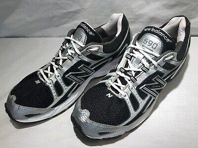 Mens NEW BALANCE 690 LW Running Trainer