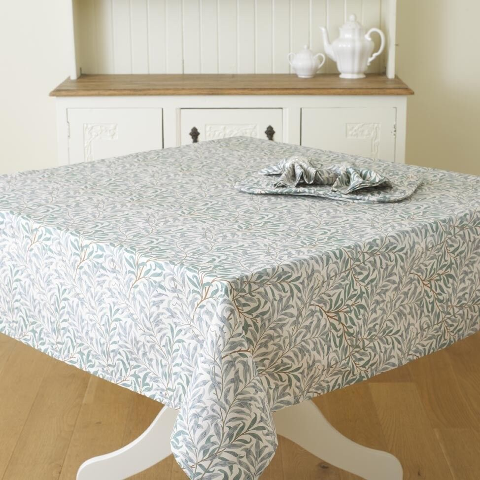 William Morris Willow Bough Green 132 x 229cm Cotton Floral Tablecloth.