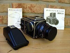 Hasselblad-501-C-M-Hasselblad-SLR-mit-Objektiv-Zubehoer-034-Sammlerstueck-034-TOP