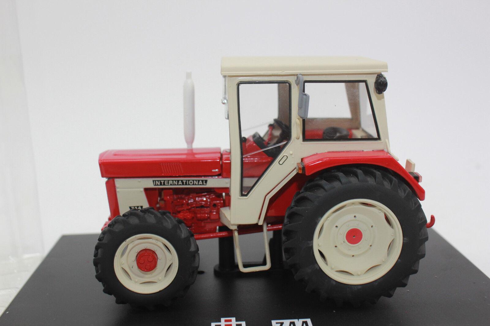 Repica Gri 171 IH International Tractor 744 med vit hytt 1 3 NY lådaED