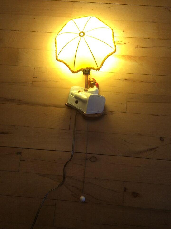Andre samleobjekter, Ole Lukøje lampe med spil