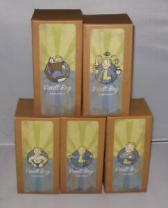 Fallout-4-Vault-111-Bobblehead-Set-of-Five-Large-7-034-Official-Boxed-New-3-Rare