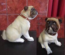 Dekofigur Figur Mops Pug Sitzend Hundefigur Dekohund Dekoration