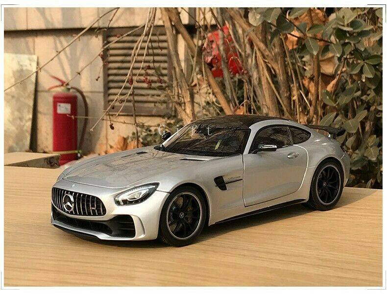 Almost Real 1 18 Scale Mercedes-AMG GT R 2017 Diecast Car Model Collectible Gift