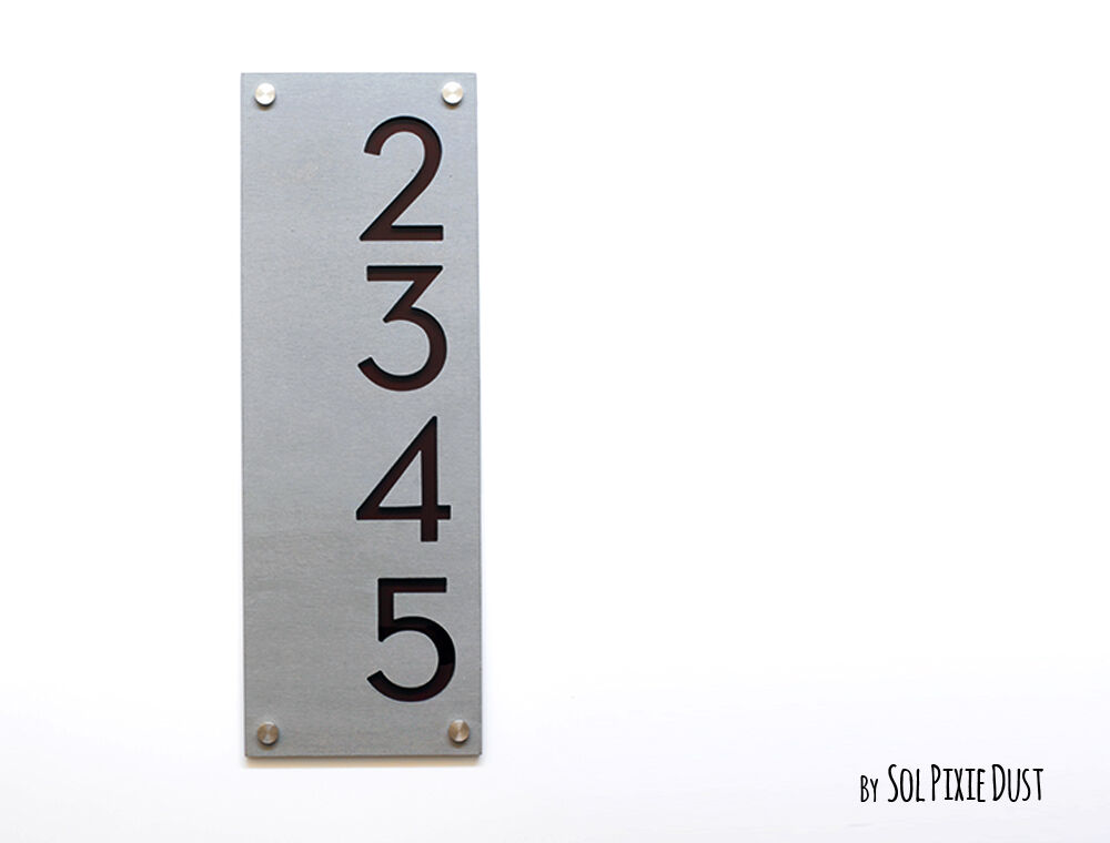 Modern House Numbers, Concrete with braun - Grünical