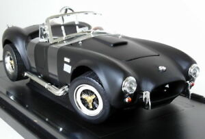 Road-Signature-1-18-Scale-1964-Shelby-Cobra-427-S-C-Matt-Black-Diecast-Model-Car